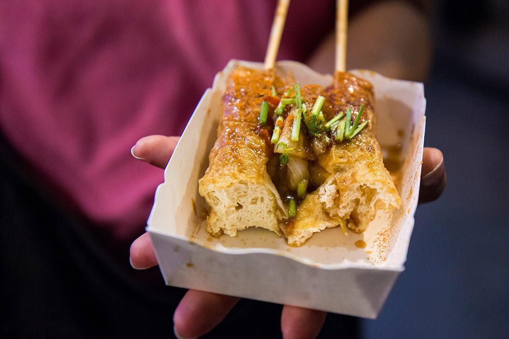 Trải nghiệm món đậu hủ thối – Món ăn không được bỏ lỡ khi du lịch Đài Loan - ảnh 2